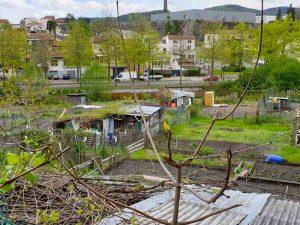 Photo de haut d'un terrain pour logements neuf habitat participatif à Saint Chamond avec Chez moi demain, AMO des co-constructeurs